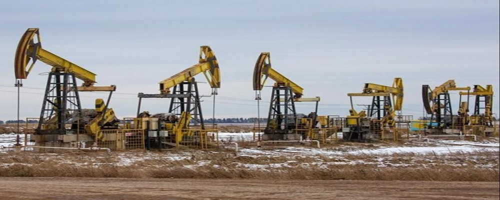India's Crude Oil Output Drops 5%, Gas Production Falls 8%: Govt Data